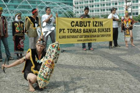 Borneo Tribal Communities and ProFauna Met and Urged the Forestry Minister to Stop Deforestation in Kapuas Forest