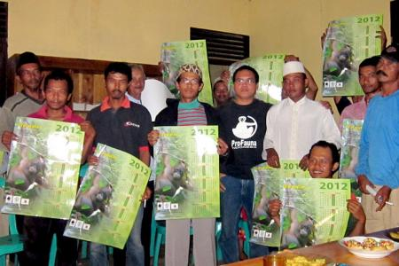 ProFauna to the field to hold educational community outreach and training for villagers and workers of palm oil companies in Ketapang, West Kalimantan
