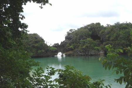 cagar alam pulau Sempu